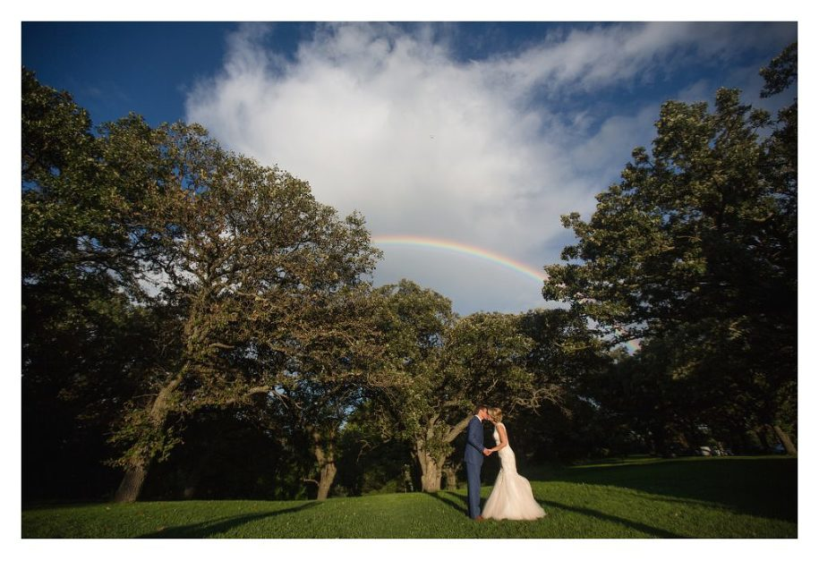 They Have A Beautiful Ceremony Site Covered With Giant Shade Trees And The Most Perfect Barn For Reception If You Are Looking Rustic Venue